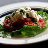 【人気】 ストラッチャテッラチーズと焼きトマトのカプレーゼ