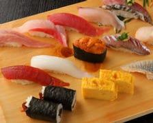 築地で毎日仕入れる天然魚介のお寿司