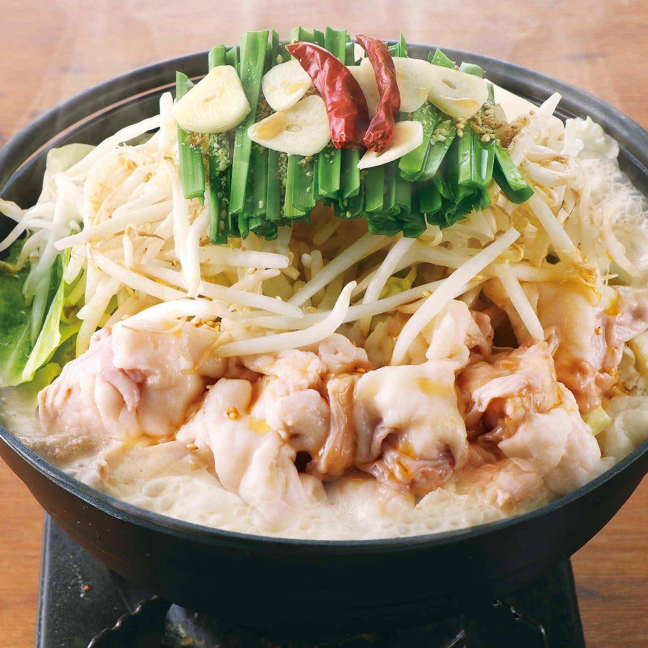炙り〆鯖と刺身3種盛り合せともつ鍋食べ放題コース
