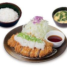 """牛めし・定食の""""松屋""""系列とんかつ店"""