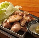 人気の長州鶏の鍬焼き。
