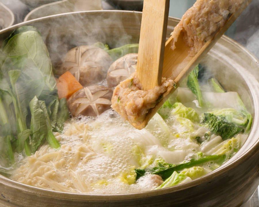 絶品鍋!!鶏つくね鍋