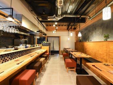 肴と地酒 焼き鳥 房州炊き MEARI  店内の画像