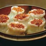 上海で焼売と言えばもち米の焼売!当店人気の『五目もち米焼売』