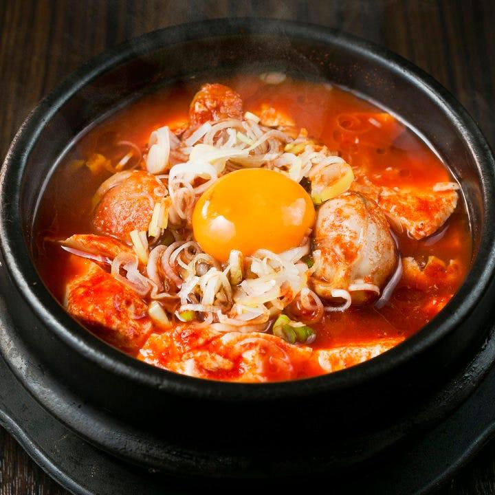お得!名物料理を味わう韓国ランチ