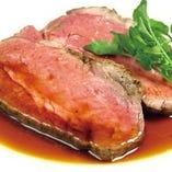 1日7食限定のローストビーフは必ず食べて欲しい一品。