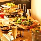 ◆肉×ワインが今熱い!厚切り肉を赤ワインで流し込む!