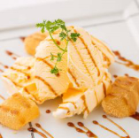 あや鶏アイス(きなこわらび餅とバニラアイス)