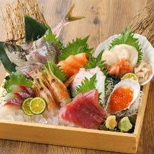 産直横丁名物!新鮮魚介の贅沢盛り!