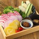 産直本日の野菜盛り合せ