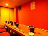 2階完全個室は最大28名様まで宴会可。※写真は12名様個室
