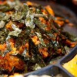 チーズタッカルビの〆は、韓国焼き飯「ポックンパ」をお楽しみください チーズや具材の旨みが、最後までしっかりと味わえますよ