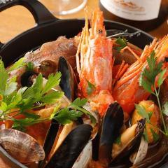 豊洲直送!鮮魚、貝たっぷりのブイヤベース