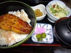 うな丼(サラダ付き)