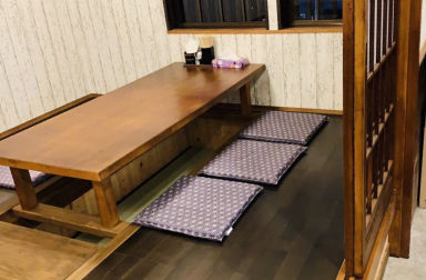 餃子酒場「鼎」かなえ  店内の画像