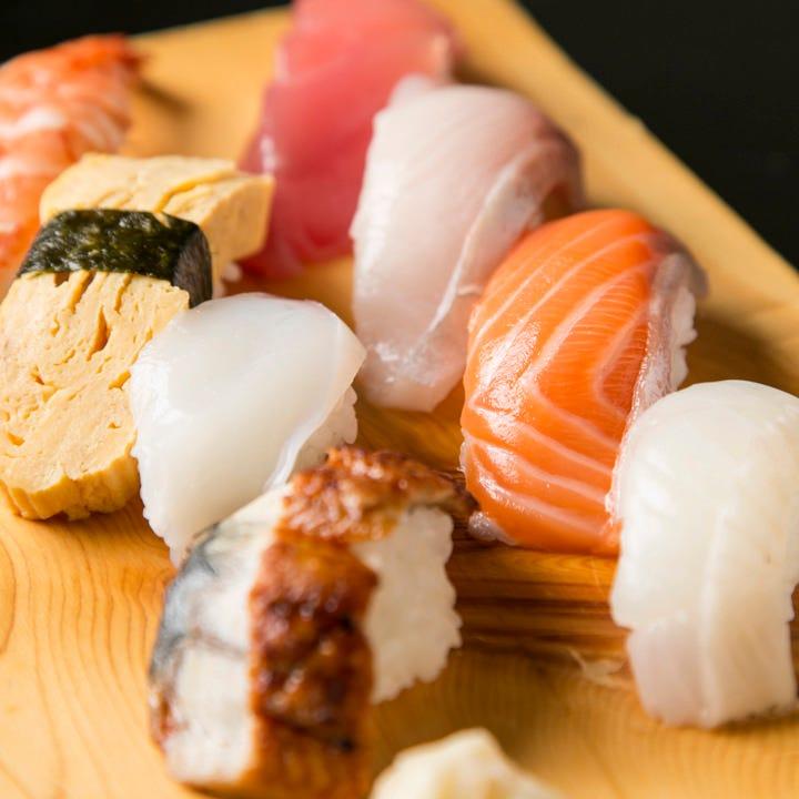 新鮮ネタだから寿司も旨い! にぎり・巻き各種ございます