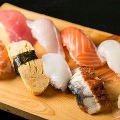 にぎり寿司盛り合わせ(8貫)