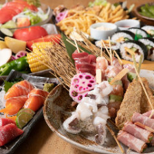 [月~木限定]お造りや炉端焼など名物料理80品が食べ放題&約30種のドリンク飲み放題『食べ飲み放題コース』