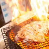 旨み凝縮!博多地鶏の炭火焼き