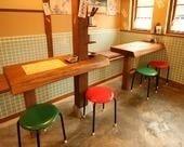 ≪店内 1階 テーブル席≫