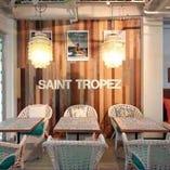 Cafe&Brasserie NEW SAINT TROPEZ