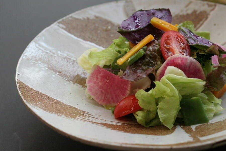 創作沖縄料理(Nirai cuisine) を融合したコース。充実の全7品。