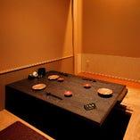 完全個室は6部屋ございます。接待や顔合わせなどのハレの日に!