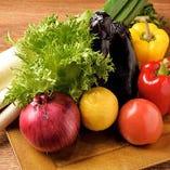 野菜は鈴鹿山麓で直接買い付けています!