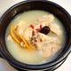 サムゲタン(参鶏湯)韓国では薬膳料理ともされています。