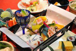 【雪】会席コース 8000円 握り寿司など全9品