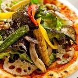 焼き野菜のMIXピザ 800円