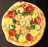 サラミミックスピザ