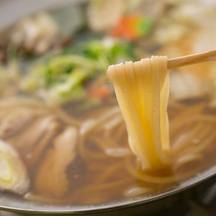 自家製麺と特製だしの妙味は 長年の吟味がもたらす食の芸術作品