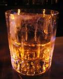 グラスにもマスターの こだわり「大」です。