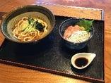 【日替わりランチセット】ネギトロしらす丼とかけうどんセット