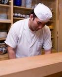 素材の持ち味を最大限に生かした 料理を提供