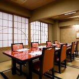 【個室】 お座敷やテーブルのお部屋がございます。2名から最大15名様まで対応いたします。 ご予約はお早めがおすすめです。