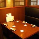 BOXシート 個室のようなテーブル席