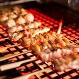 塩で味わう「串焼き」は牛・豚・鶏をバラエティー豊かにご用意