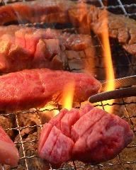 炭火焼肉 筵