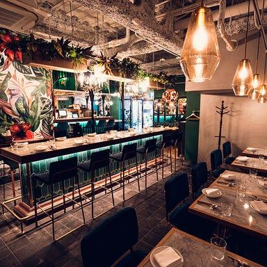 Malkovich Connection  店内の画像
