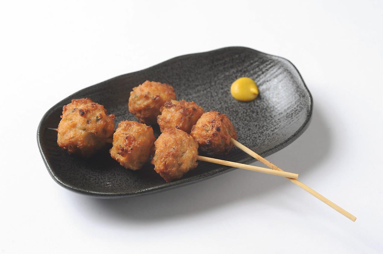 泉大津イチ美味しいと自負している 当店人気No.1の「つくね」