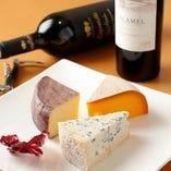 北海道牧場チーズの盛り合わせ【北海道】