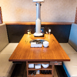 4名様用テーブル席×13