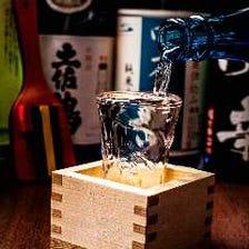 四国のお酒を中心としたラインナップ