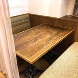 【半個室テーブル】