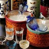 厳選の地酒や焼酎・ワインなど 豊富にご用意しております