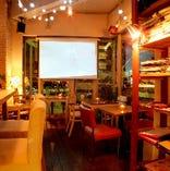 プロジェクター・音響設備バッチリ/おしゃれなカフェで楽しい貸切