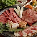 上ロース・上カルビ・上タン塩・ホルモン・厚切り豚バラ・日南鶏・サンチュ・キムチ盛合せ「上旨得セット」