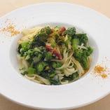 パスタは、淡路島より取り寄せるもちもちの生麺を使用